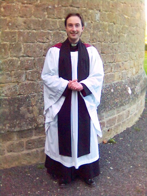 Anglican Clerical Attire   New Goliards