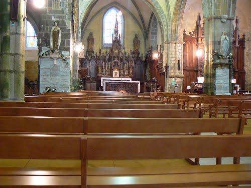 saint-suliac-church-inside