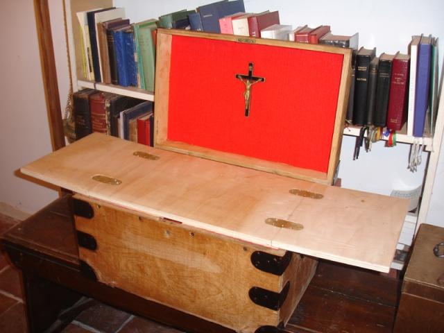 tuckbox-chapel3