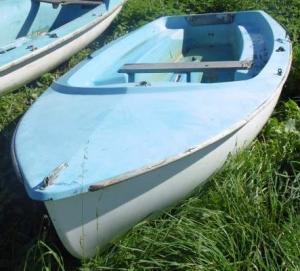 sarum-boat