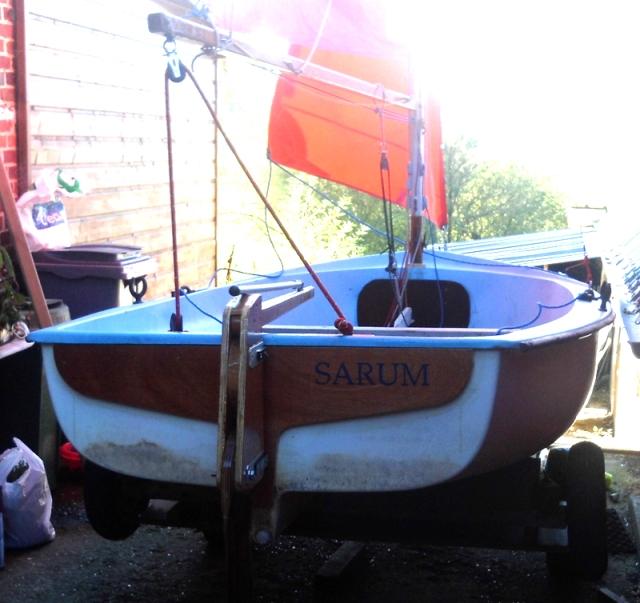 sarum-boat01