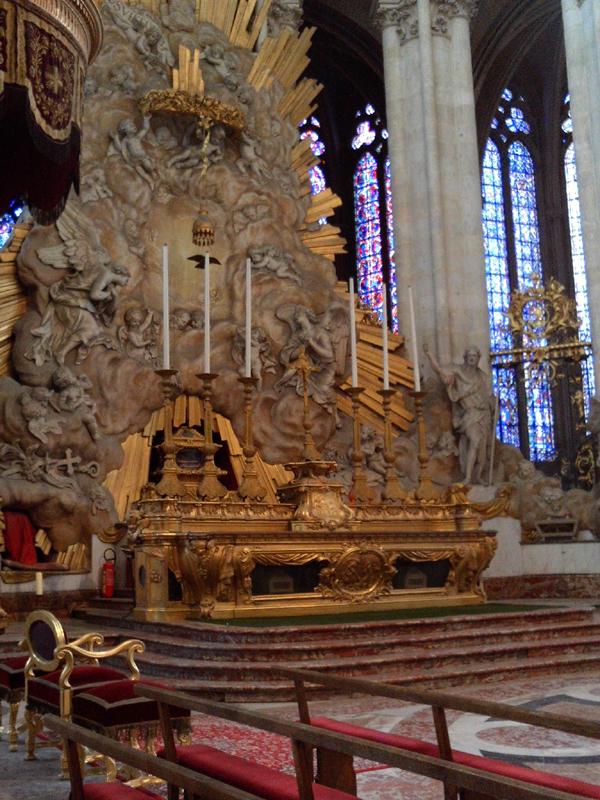 amiens-altar